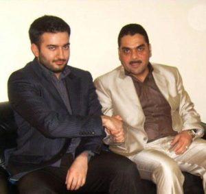 Kuntar (rechts) met Brahim Harchaoui van de AEL van Abou Jahjah.